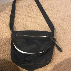 Lululemon purse